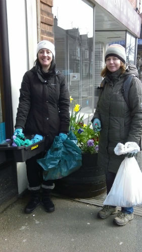 Tansy and Karen preparing for their first Harborough in Bloom tidy up