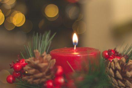 advent-balls-blur-714898